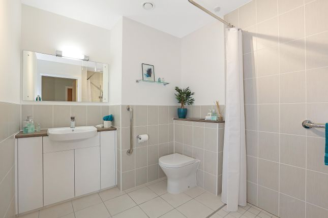 Thumbnail Property to rent in London Road, Guildford