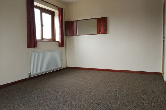 Bedroom of Radnor Court, Longcot, Faringdon SN7