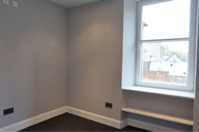 Bedroom of Mid Road, Dundee DD3