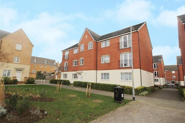 Thumbnail Flat for sale in Cromford Court, Grantham
