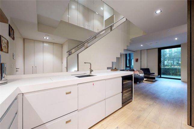 Thumbnail Flat for sale in Pearson Square, London