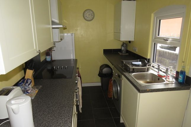 Kitchen: of West View, Rocester, Uttoxeter ST14