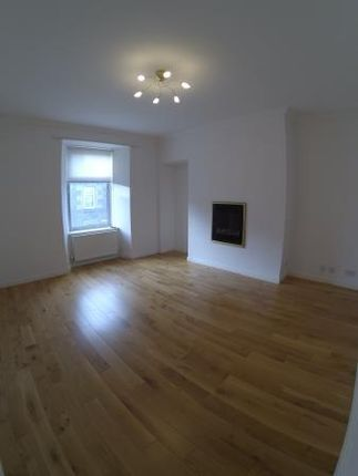 Thumbnail Flat to rent in Lawrence Street, Broughty Ferry, Dundee