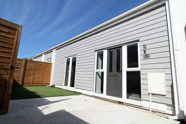 Thumbnail Semi-detached bungalow for sale in Highland Road, Southsea