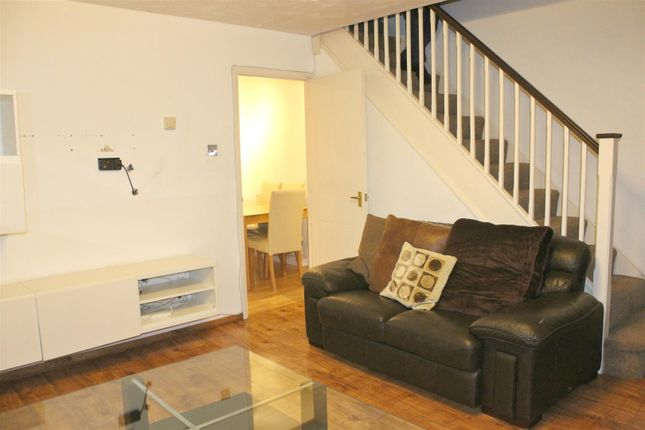 Thumbnail Property to rent in Pytt Field, Harlow