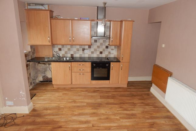 Thumbnail Terraced house to rent in Kilpin Hill Lane, Dewsbury
