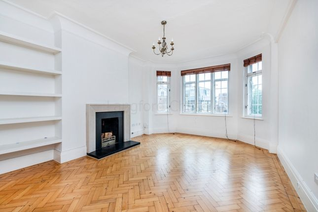 Thumbnail Triplex to rent in Southwood Lane, Highgate