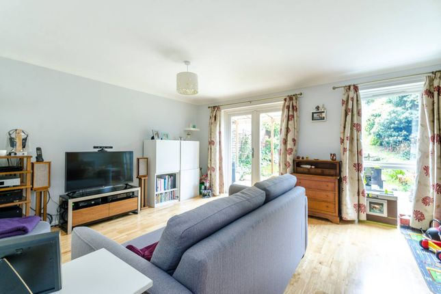 Thumbnail Property to rent in Ambleside, Bromley