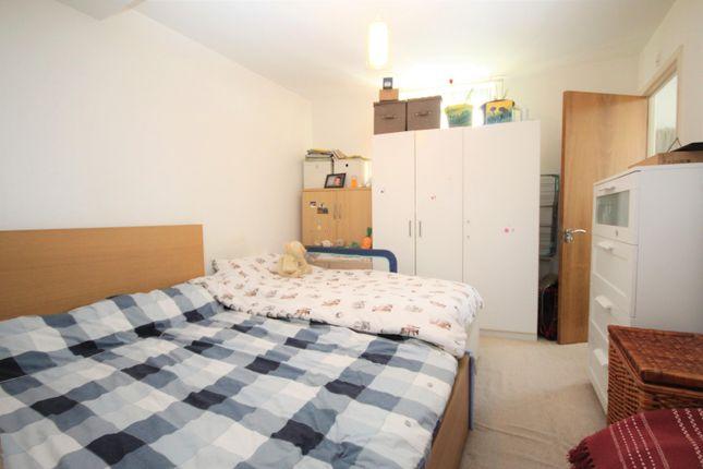 Bedroom 1 of Maxim Tower, Mercury Gardens, Romford RM1