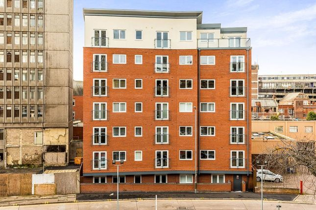 2 bed flat to rent in Crecy Court, 10 Lower Lee Street, Leicester