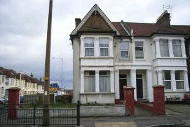 1 bed flat for sale in York Road Market, York Road, Southend-On-Sea
