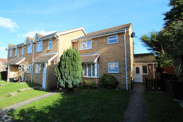 Thumbnail Terraced house to rent in Newcombe Rise, Yiewsley, West Drayton