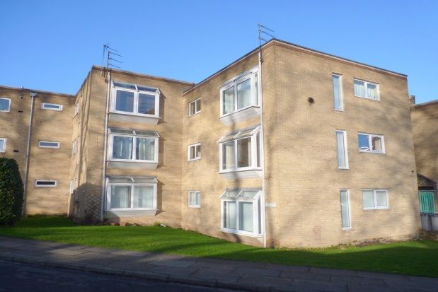 Thumbnail Flat to rent in Mount Avenue, Bebington, Wirral