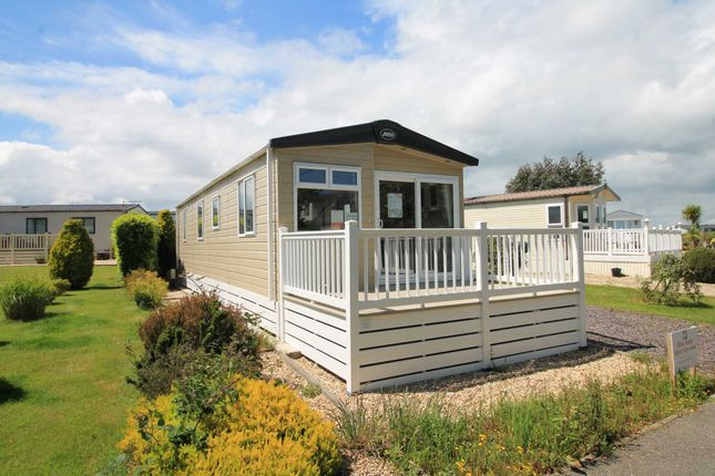 Thumbnail 2 bed mobile/park home for sale in Polperro Road, Looe
