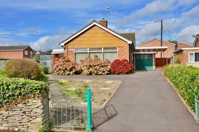 Thumbnail Detached bungalow for sale in Ferry Lane, Offenham, Evesham