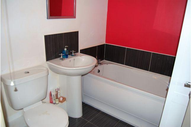 Bathroom of Silverwood Green, Lurgan BT66
