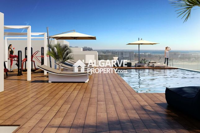 3 bed apartment for sale in Faro, Faro (Sé E São Pedro), Faro Algarve