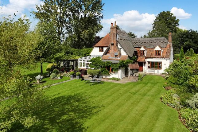 Thumbnail Cottage for sale in Horsemoor, Chieveley, Newbury