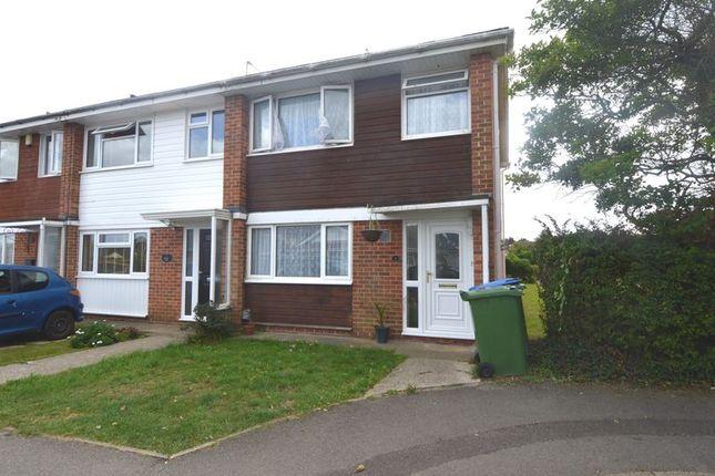 3 bed terraced house to rent in Denham Close, Stubbington, Fareham