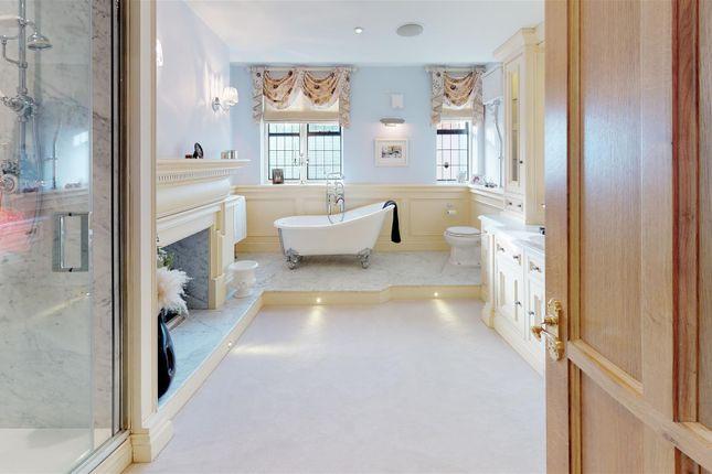 Normanton-Manor-Bathroom (2)