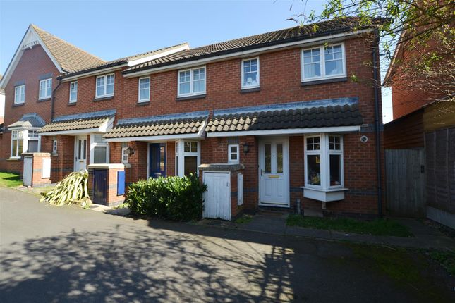 Thumbnail Property to rent in Ruffle Close, West Drayton
