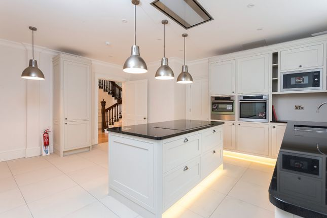 Thumbnail End terrace house to rent in Pall Mall, Pall Mall, London