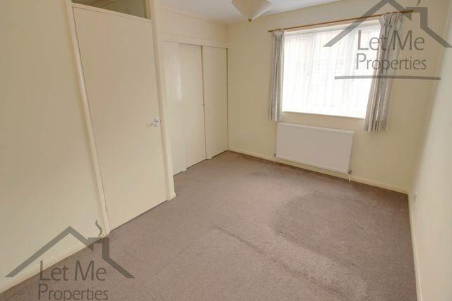 Wynchlands Crescent - Bedroom - Wm
