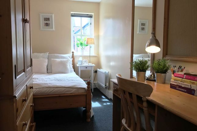 Thumbnail Flat to rent in 8 Lillico House, Sandyford Road, Jesmond