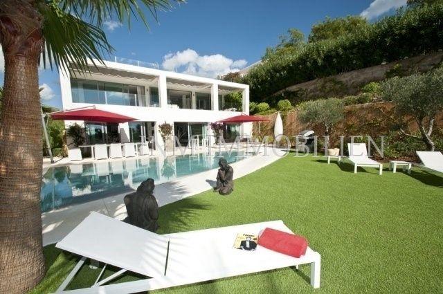 Thumbnail Villa for sale in 07819, Cap Martinet, Spain