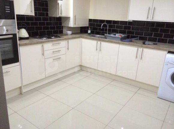 Thumbnail End terrace house to rent in Milverton Road, Manchester, Greater Manchester