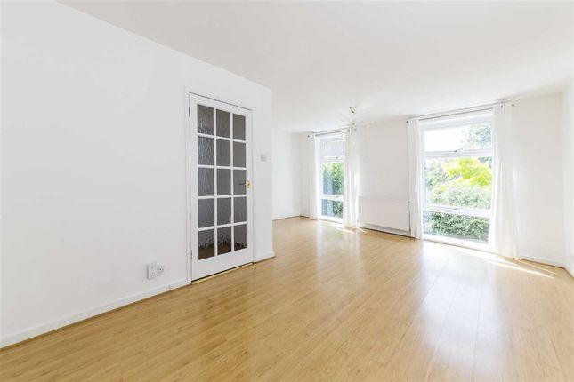 Thumbnail Property to rent in Sancroft Street, London