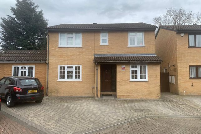 5 bed detached house for sale in Tayfield Close, Ickenham, Uxbridge UB10