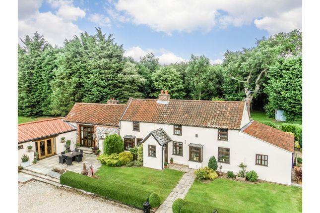 Thumbnail Farmhouse for sale in Glen Farm Lane, Metton, Norwich