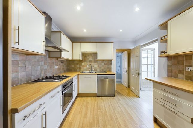 Thumbnail Semi-detached house to rent in Kyme Road, Hornchurch