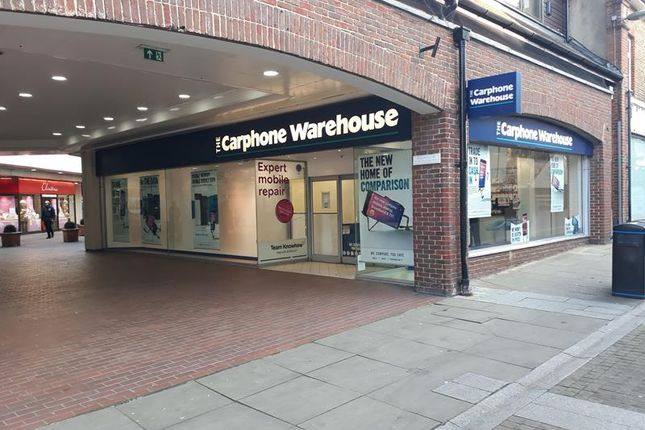 Thumbnail Retail premises to let in The Swan Centre, Unit 25, 2 Swan Centre, Leatherhead