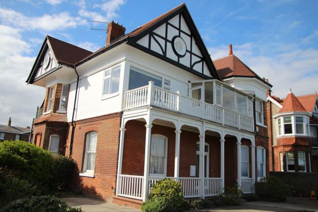 Thumbnail Flat to rent in Marine Road, Walmer