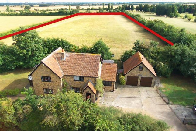 Thumbnail Property for sale in Fen Lane, North Ockendon, Upminster