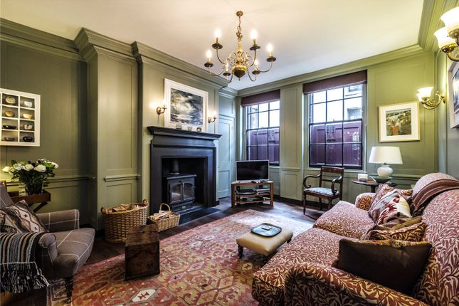 Thumbnail Terraced house for sale in Fournier Street, Spitalfields, London