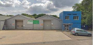 Thumbnail Commercial property for sale in Porters Wood, St. Albans