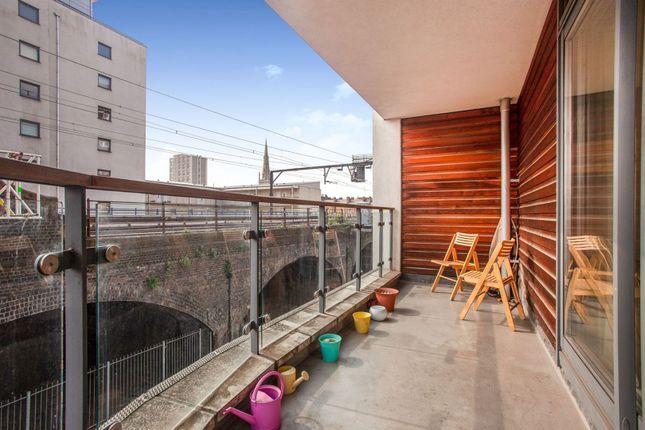 Balcony of Devonport Street, London E1