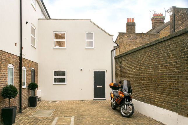 Thumbnail Mews house for sale in Abberley Mews, Clapham, London