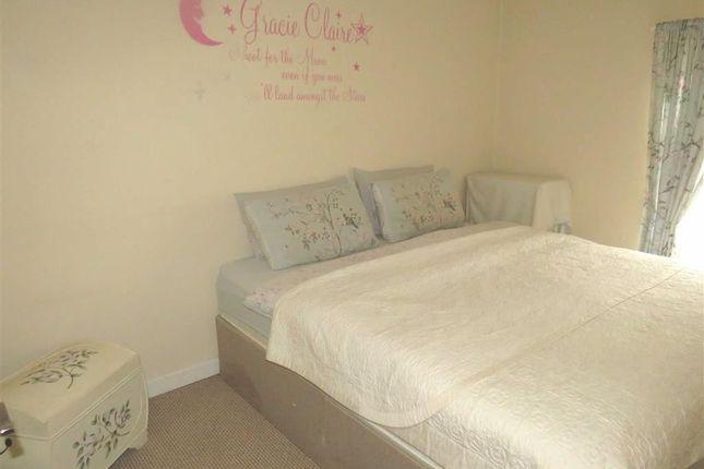 Bedroom 1 of Jenkins Street, Hopkinstown, Pontypridd CF37