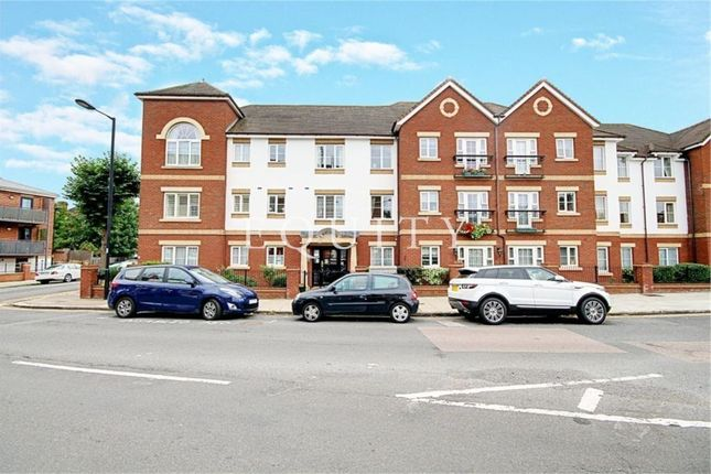 Thumbnail Flat for sale in Pegasus Court, Green Lanes, Winchmore Hill