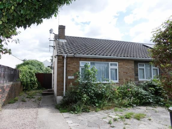 Thumbnail Bungalow for sale in Stanley Terrace, Sun Street, Billericay
