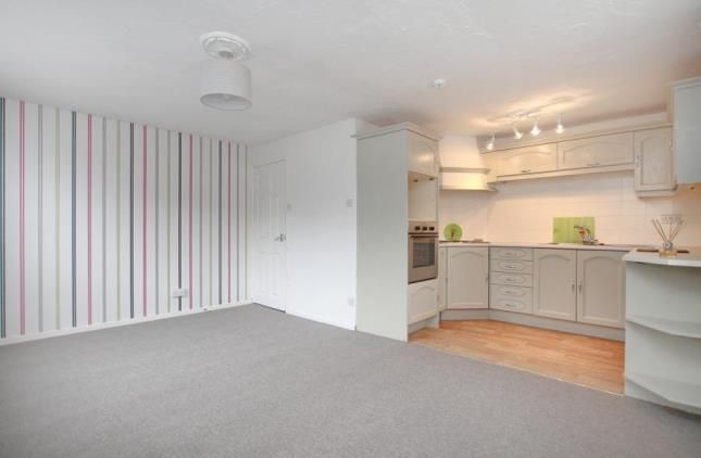 Lounge Kitchen of Wiseton Court, 6 Wiseton Road, Sheffield, South Yorkshire S11
