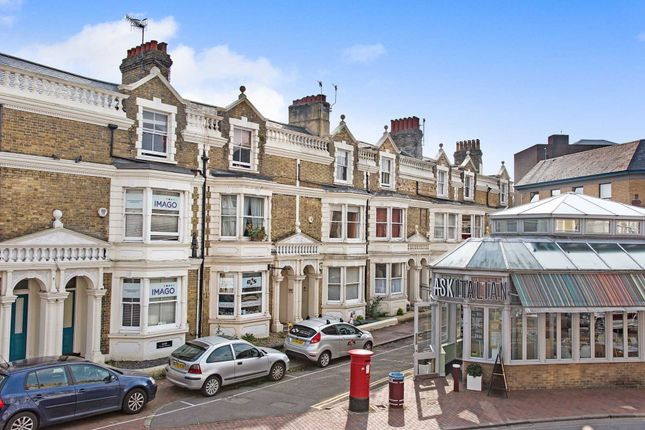 Thumbnail Flat to rent in Monson Road, Tunbridge Wells