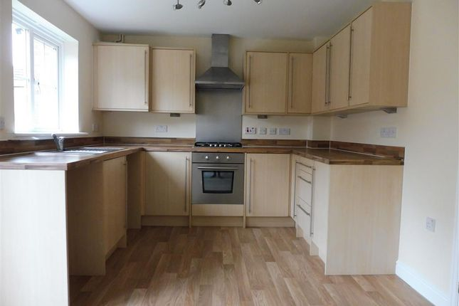 Thumbnail Property to rent in Violet Way, Kingsnorth, Ashford