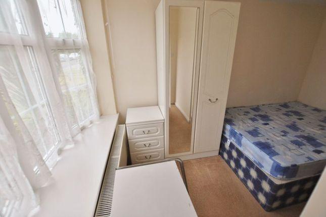 Thumbnail Room to rent in Belgrave Mews, Cowley, Uxbridge