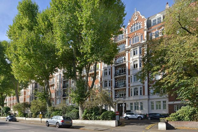 4 bed flat for sale in Prince Albert Road, London