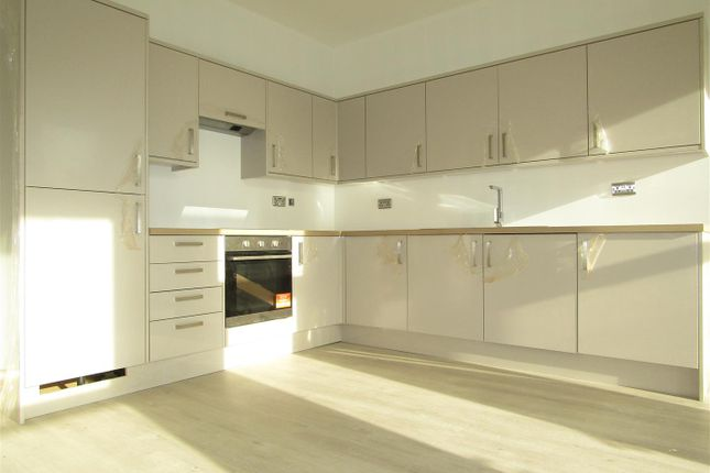 Thumbnail Flat to rent in 24-28 Hastings Road, Bexhill-On-Sea